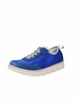 Super comfortable shoes with rubber soles