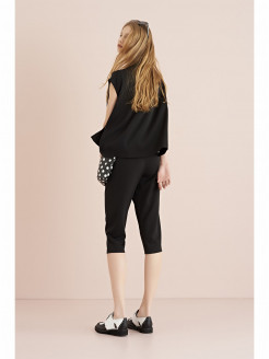 Knee-length Pants in Shiny Crepe