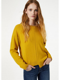 Asymmetrical jumper