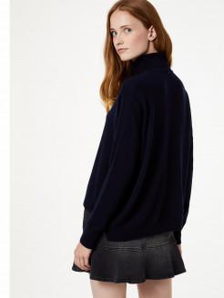 Jersey de cuello alto con pedrería