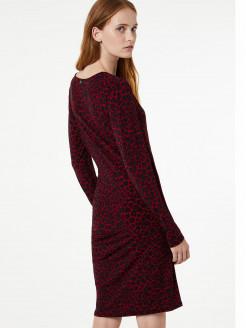 Vestido corto de tejido de punto