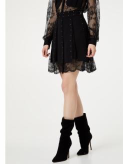 Mini falda con encaje