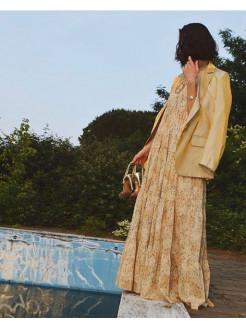 blazer oversize color dorado