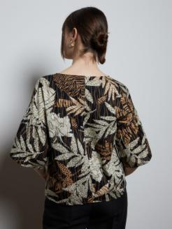 T-shirt con stampa foliage in cotone